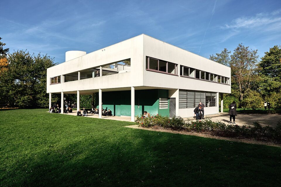 Explainer: Le Corbusier\'s Use of Pilotis | Urban Toronto